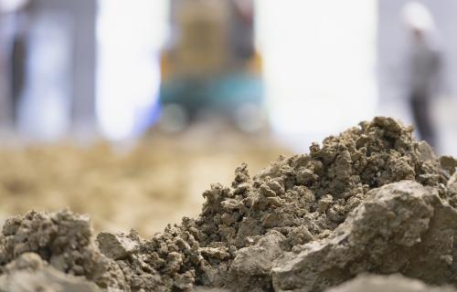 含水の高い軟弱土でも短時間で高強度に造粒化!